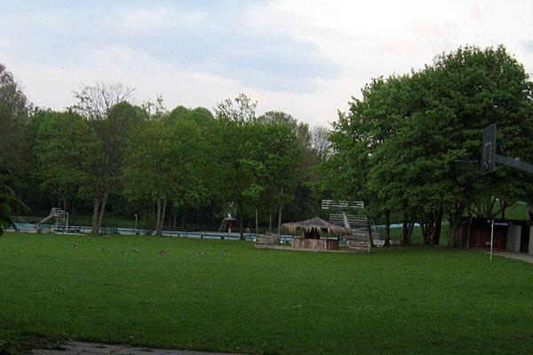 1-freibad-aschberg-rückersweg